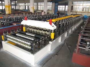 China Double Layer Corrugated Roll Forming Machine 5.5KW By Chain supplier