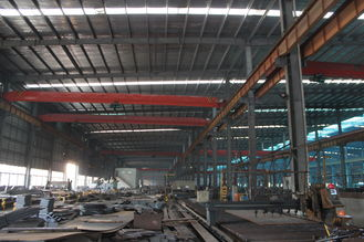 China Q235 , Q345 Light Frame Industrial Steel Buildings For Textile Factories supplier