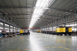 China Pre-engineering Industrial Metal Buildings For Agricultural And Farm Building supplier