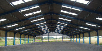 China Light Industrial Steel Buildings Design And Fabrication With Space Frames supplier