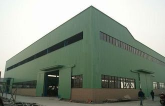 China Pre-engineering Industrial Steel Buildings With Galvanization And Painting Treatment supplier