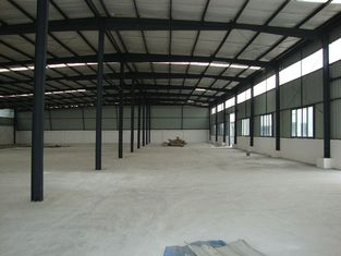 China Changable Standard Pre-engineered Building Steel Shed Metal Workshop Fabrication supplier