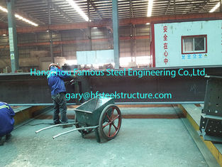 China Fabricating Pre Engineered Commercial Steel Buildings With H Section Pillars / Beams supplier