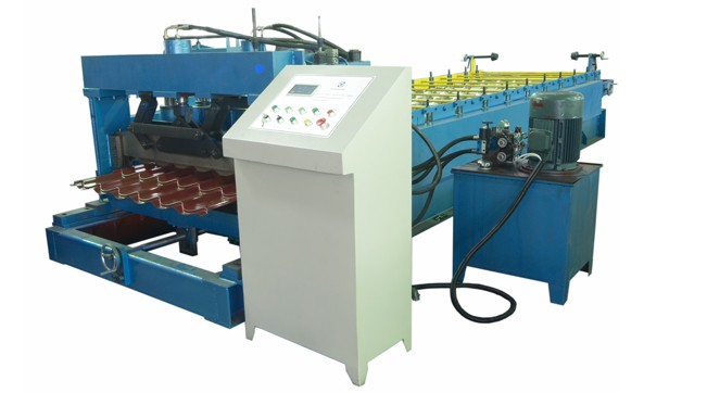 Steel Roof Tile And Wall Panel Roofing Sheet Forming Machine 6.5KW