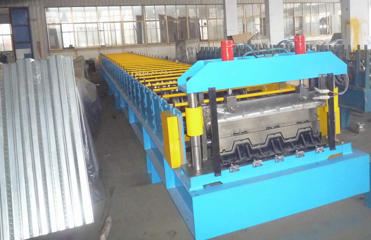 Floor Deck Roofing Sheet Forming Machine PLC Panasonic For Steel Structure