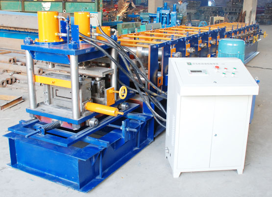 C Z Section / Profile Cold Rolling Machine For  30 - 300mm Width