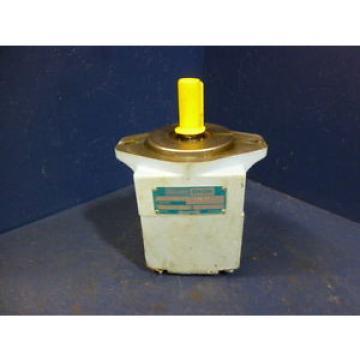 Hagglunds CostaRica Denison T6C 014 1R01 B5 Single Vane Pump 024-03105-5