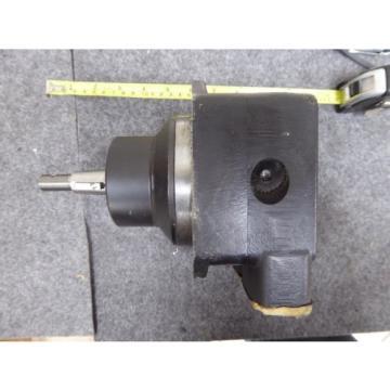 Origin Gobon PARKER DENISON HYDRAULIC VANE MOTOR M5AF-025-5R01-B10-00000