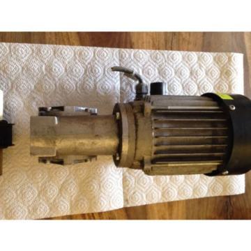 Rexroth Guyana MNR 3 842 503 582 Motor amp; Rexroth Winkelgetriebe GS 13 -1  i=20