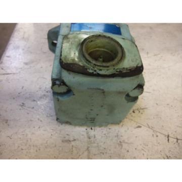 DENISON DominicanRepublic T6C-017-11-00-B1 MOTOR USED